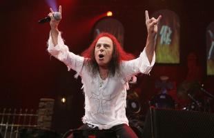 10 años de la muerte de Ronnie James Dio: En memoria del elfo maldito y sus angelitos chacuacos