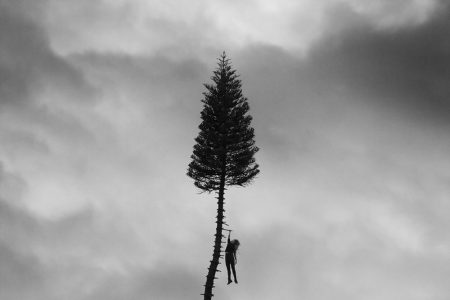 Una milla negra a la superficie: Reseña de 'A Black Mile To The Surface' de Manchester Orchestra