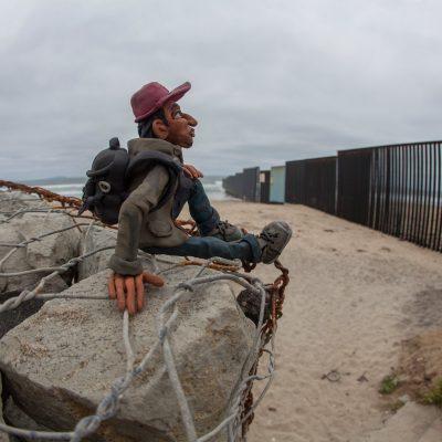 """""""Refugiados""""; una mirada al fenómeno migratorio a través de la plastilina"""