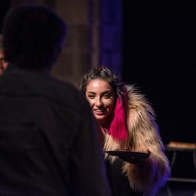 Teatro y público: Un diálogo entre las brechas